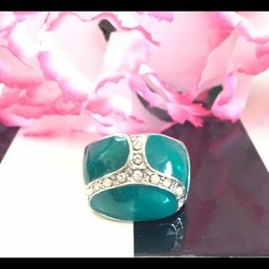 Jewelry - 💍Emerald Green Statement 👑Ring💍  NWT🏷  Size 5